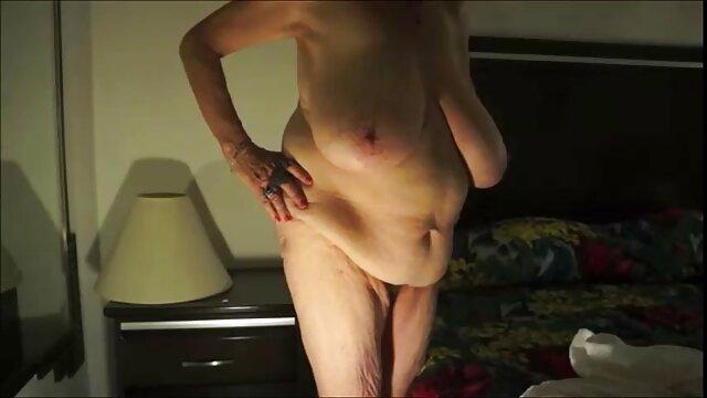 Pornstarplatinum Mãe Lésbica Mindy Mink lambe o ponto de porno com brasileira gostosa vista da Rata