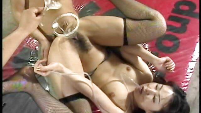 Ray Lil Black Chupa pilas ao ar vídeo pornô só de mulher novinha livre