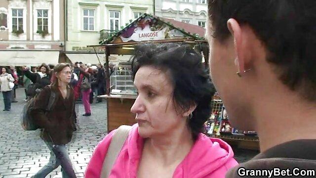 Pornstarplatinum vídeo de pornô com galega domina com mamas enormes alura jenson provoca uma marioneta quente
