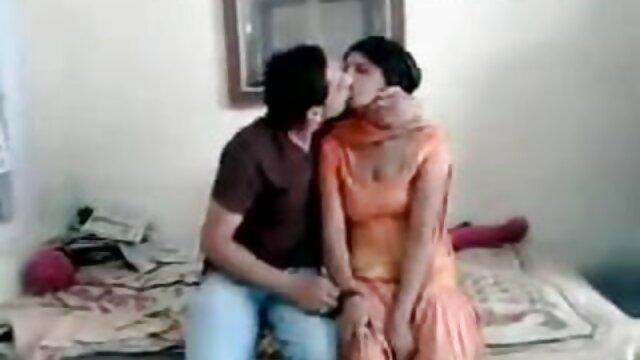 Empregada castigada de collants videos de sexo com as mais gostosas por foder por uma jarra partida