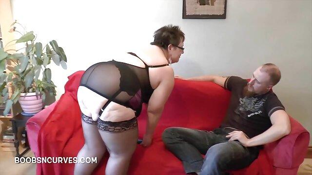 Rei Kitajima está coberta de creme na vídeo pornô as mulher mais gostosa sua muff após um grande prego-mais sobre Javhd.net