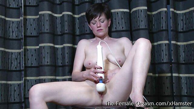 Tia vídeo pornô com as loiras Madura Russa na sauna