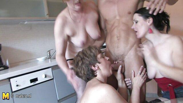Velho rico fode noiva vídeo pornô novinhas gostosas jovem com grandes Mamas