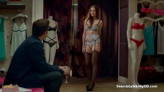 Mulher do vídeos porno rabudas sexo fodida pelo marido por uma queca em grupo com dois tipos
