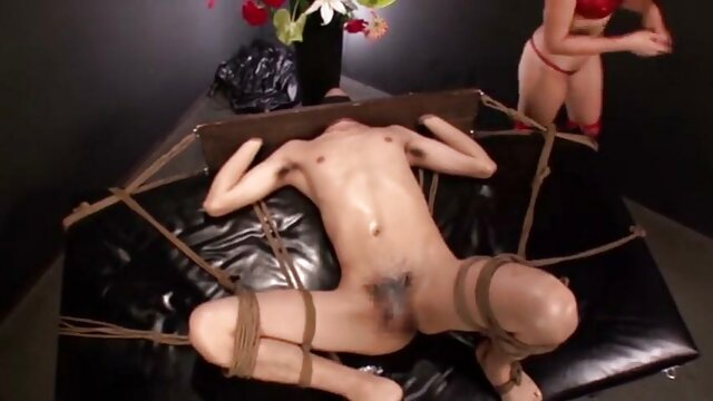 Mijando porno amador 69 em ruiva