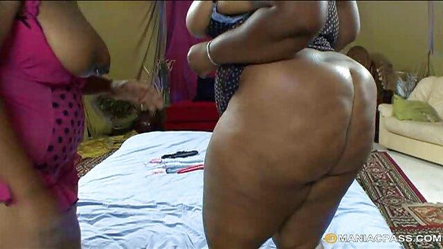 chubby peachy cutie brinca novinha vídeo pornô com wet pussy