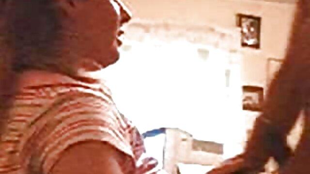 Chubby fitodevushka faz sexo video porno com bucetuda oral e vaginal durante o treino
