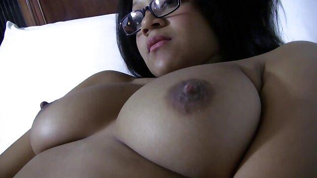 Rahindi James levou tudo como um campeão na vídeo de pornô das mulher mais gostosa piscina