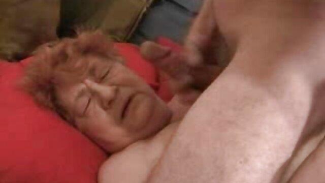 O uzbeque russo mostra a Virgem com a Rata vídeo de pornô com as mulheres mais gostosas peluda de perto.